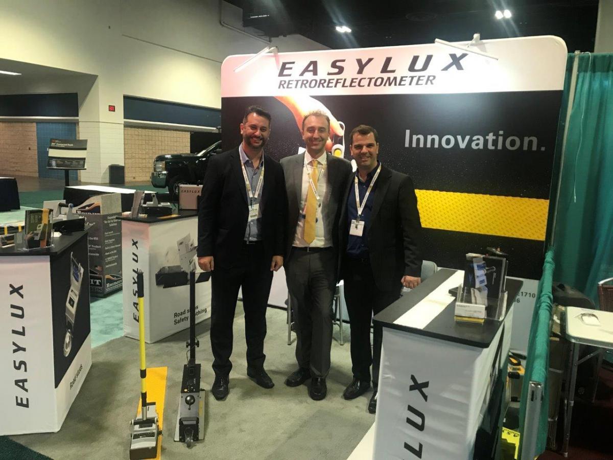 Easylux Horizontal Retroreflectometer is certified by StrAus-Zert