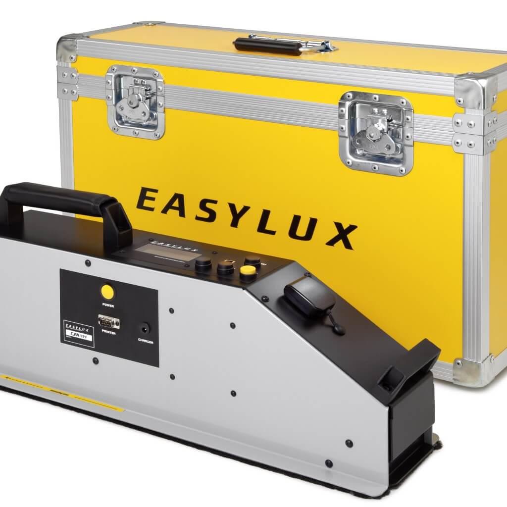 Retroriflettometro Easylux / retroreflektometr / retroreflektometer / Focus on simplicity and practicality